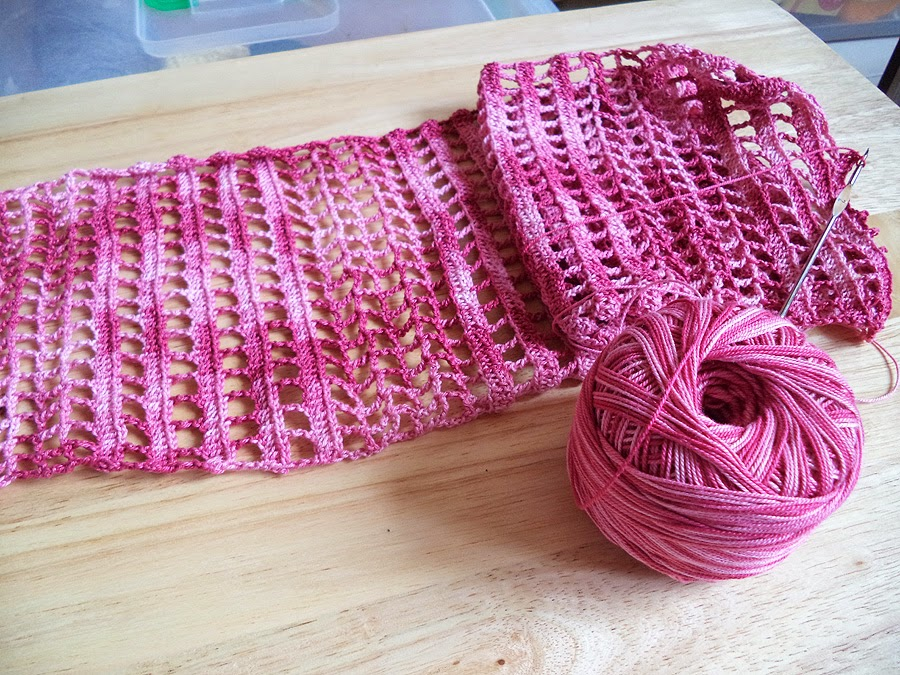 Art Li and Stuff - Crochet Thread Lace Scarf