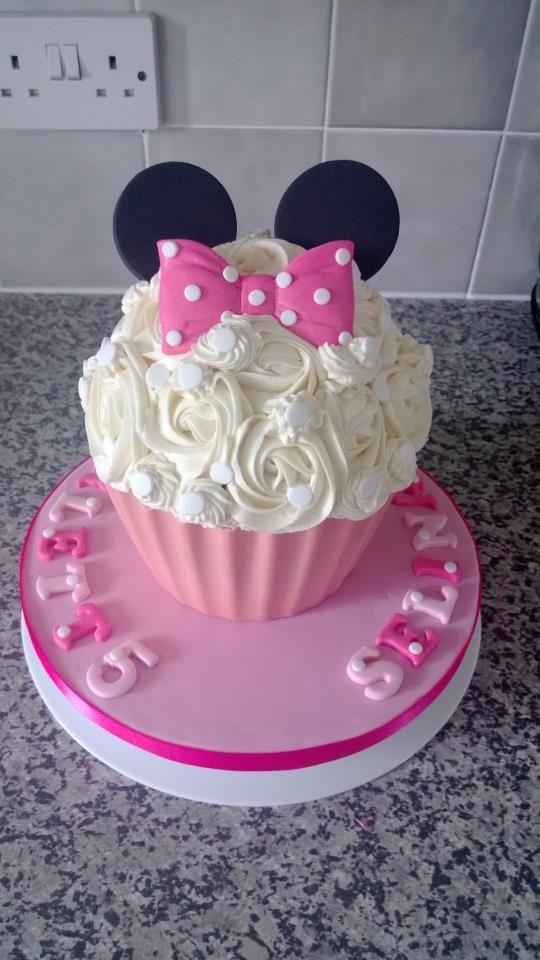 Ideas decoracion minnie mouse una mami creativa for Decoracion de tortas espejo