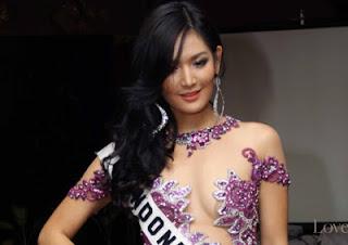 Foto Hot Maria Selena Putri Indonesia 2011