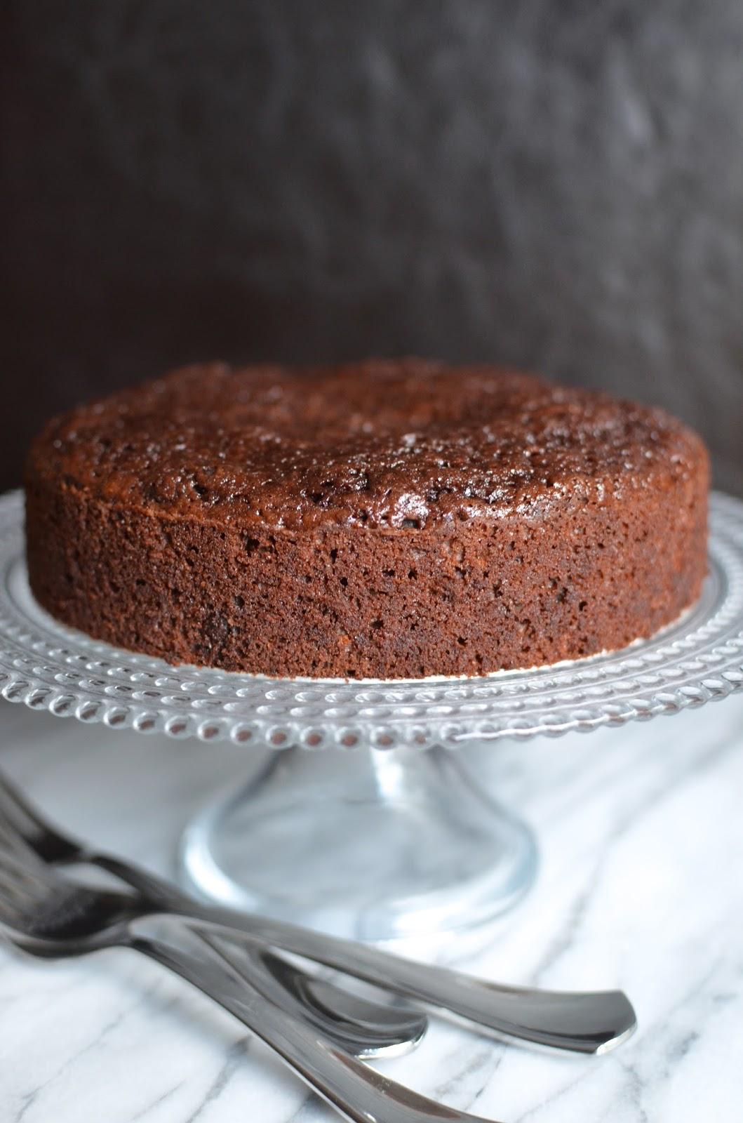 Fudgy Chocolate Cake Wongnai