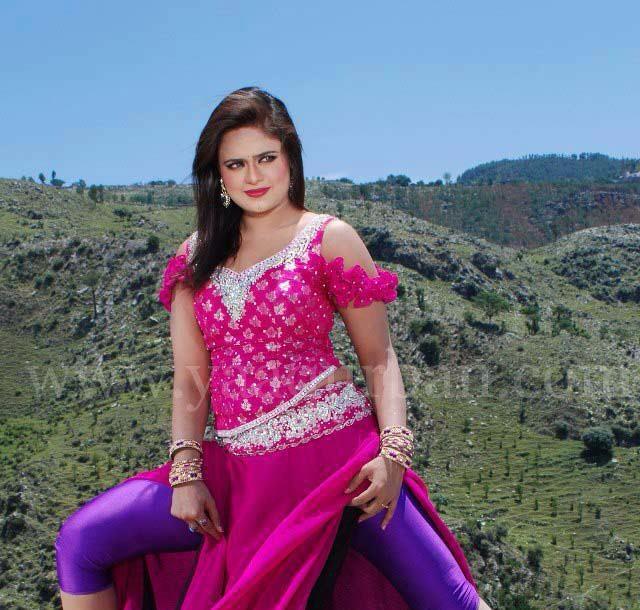 Sobia Khan 2013