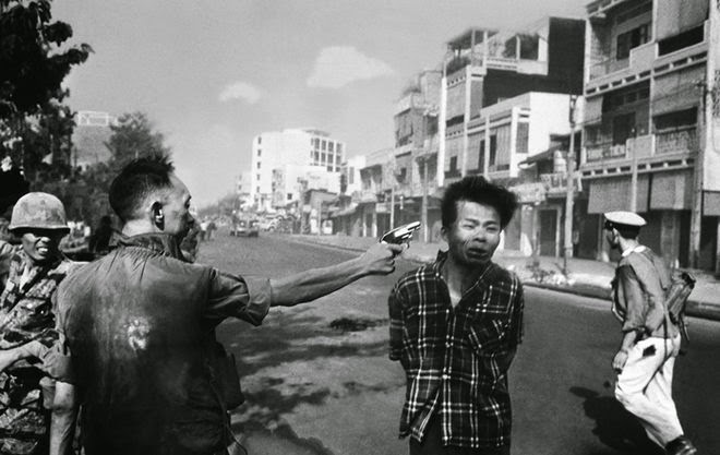 The Story Behind 8 Famous Photographs -Eddie Adams – Saigon's execution, 1968