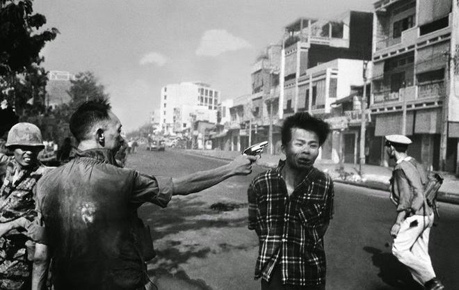 The Story Behind 8 Famous Photographs -Eddie Adams – Saigon's execution, 1968