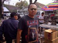 Pasar Loak Tegal Lega Bandung