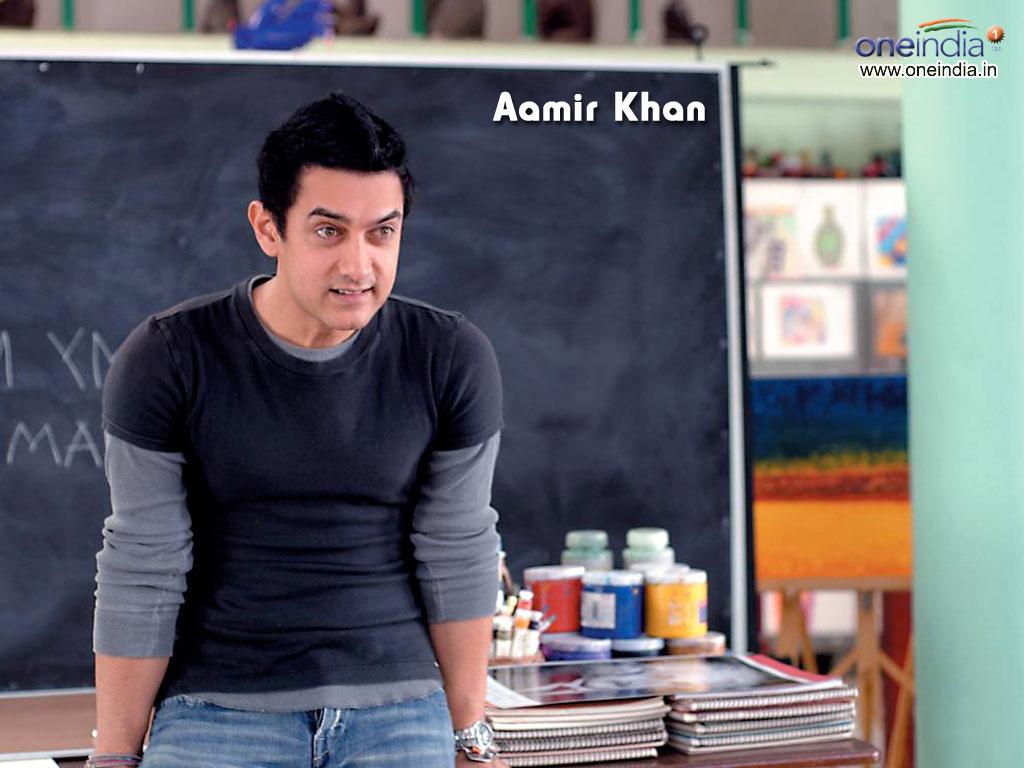 http://4.bp.blogspot.com/--6Ilk0UT8s8/TZF11LbiTqI/AAAAAAAAAm4/bVezEoqttMc/s1600/Aamir-Khan-Wallpaper.jpg