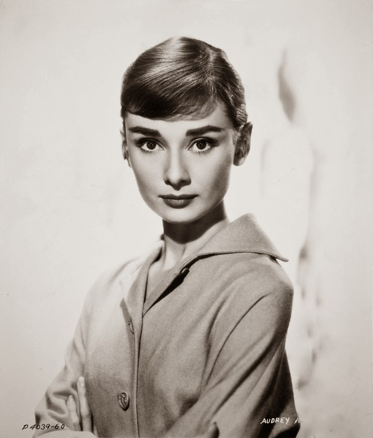 02-Audrey-Hepburn-02-Lola-Dupré-Collage-Exploding-Photographic-Portraits-www-designstack-co
