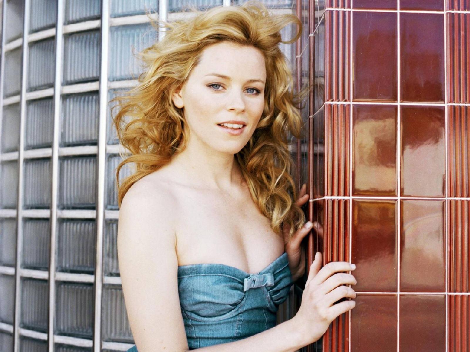http://4.bp.blogspot.com/--6awqQ9cJyU/T4gD1u7n6BI/AAAAAAAAC_E/q0HC2FPz_7E/s1600/Elizabeth.jpg