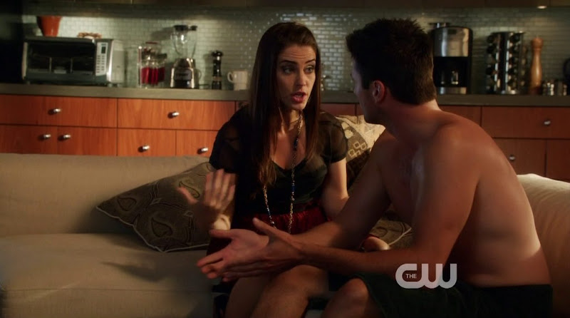 Wes Brown Shirtless in 90210 s5e06