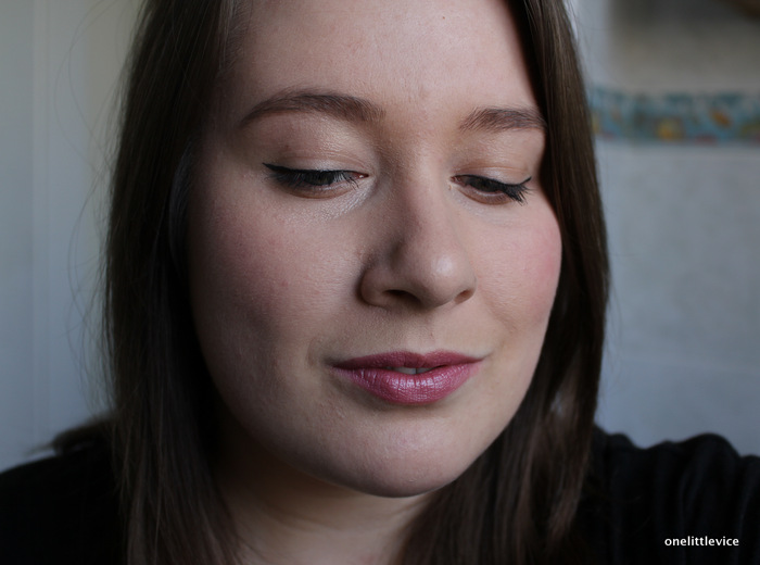 One Little Vice Beauty Blog: Mac Lipstick Collection Lustre