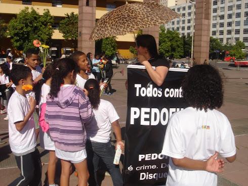 Dia Nacional Contra o Abuso e a Violência Sexual de Crianças e Adolescentes- BH- MG