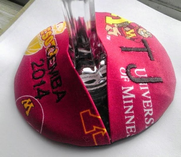 http://www.divaglassslippers.com/Personalized-Glass-slippers_p_12.html