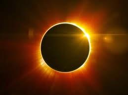 http://www.rtve.es/noticias/20150319/como-prepararse-para-ver-eclipse-sol-del-20-marzo/1118820.shtml