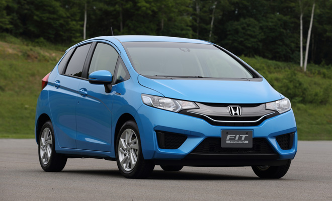 2014 Honda Jazz Hybrid front view