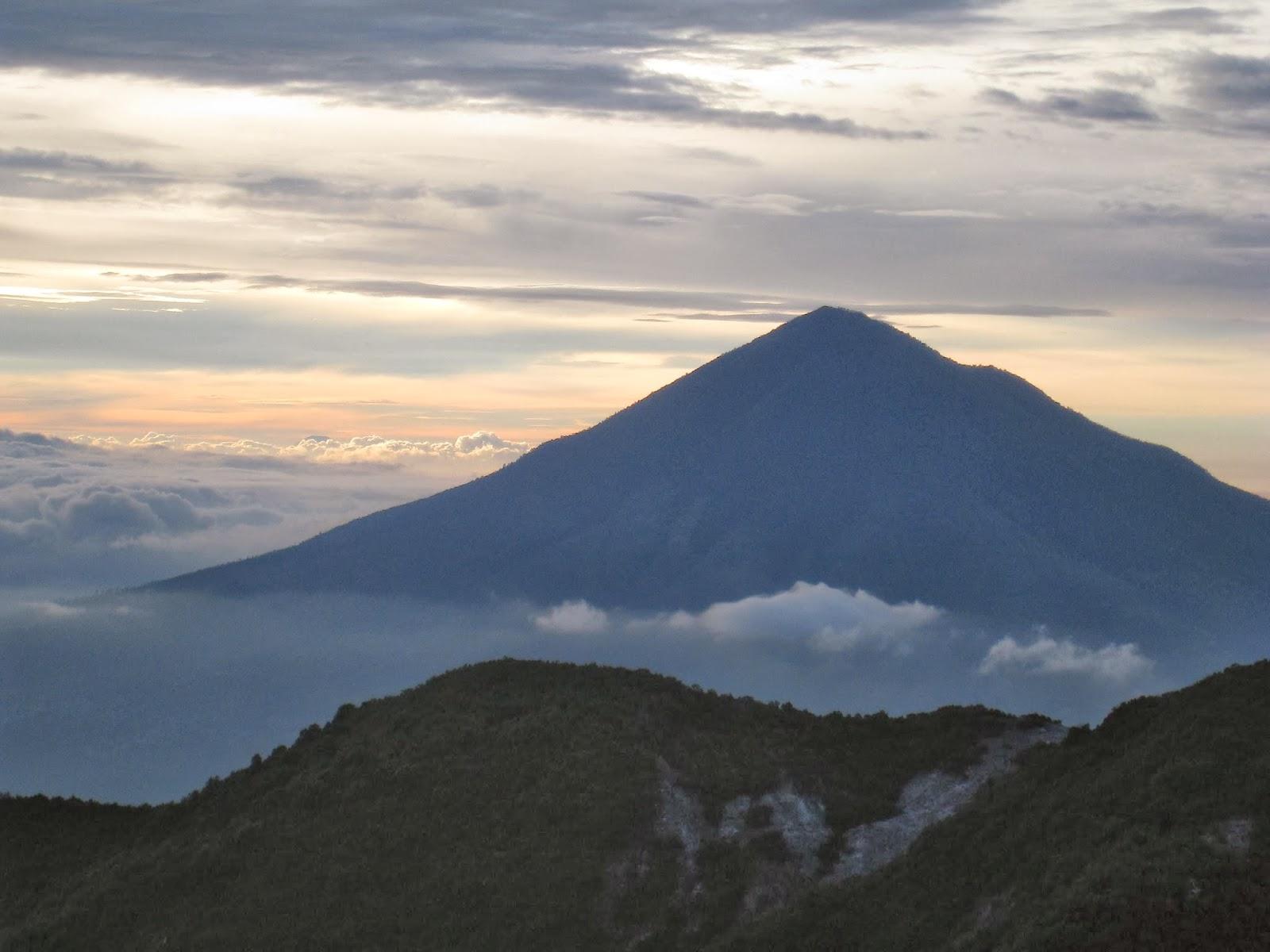 Inilah Gunung Di jawa Untuk Pendaki Pemula
