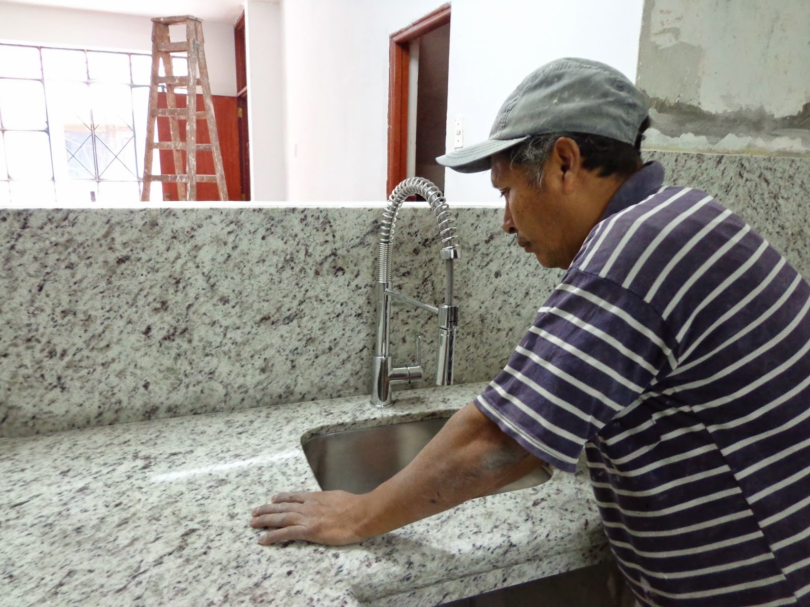 Encimeras mesas tablero cocina granito marmol piedra for Piedra granito para cocina precios