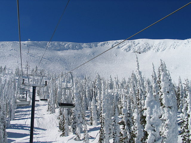 S lido properties live and work at big white ski resort for Chair 4 cliffs vail