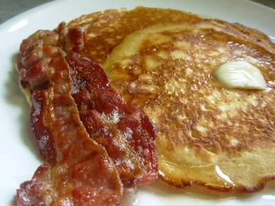 pancake and bacon breakfast - photo #5