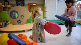 Crèches, nounous, maternelle : 275 000 places de plus annoncées