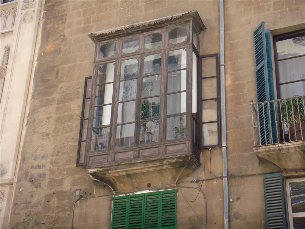 Em criden julio 2011 - Balcones cerrados ...