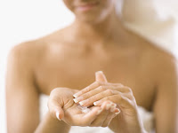 Hidratantes para a beleza da pele | Clínica Weiss | Hugo Weiss Dermatologista