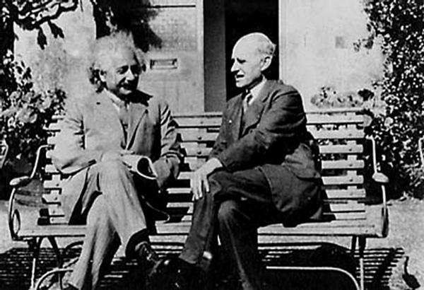 Albert Einstein y Arthur Eddington