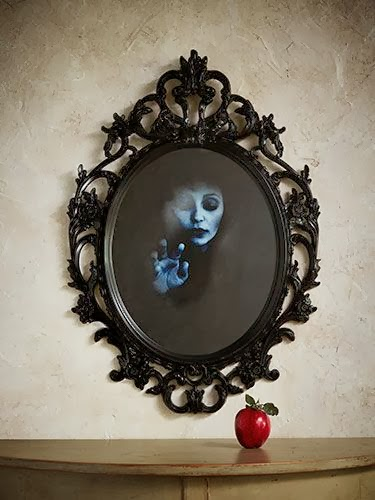 11 halloween mirrors to spook up your bathroom decor