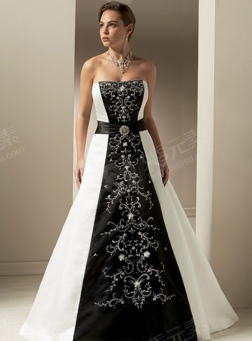 black and white wedding dress beauty