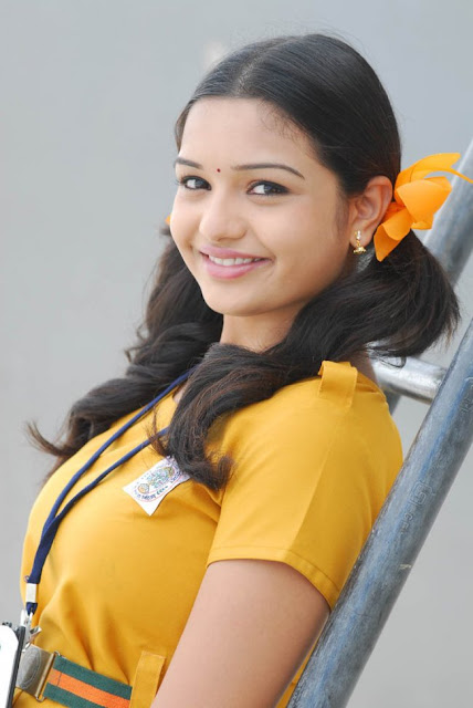 Labels: Yaamini » Yaamini as school girl photo album » Yaamini in ...