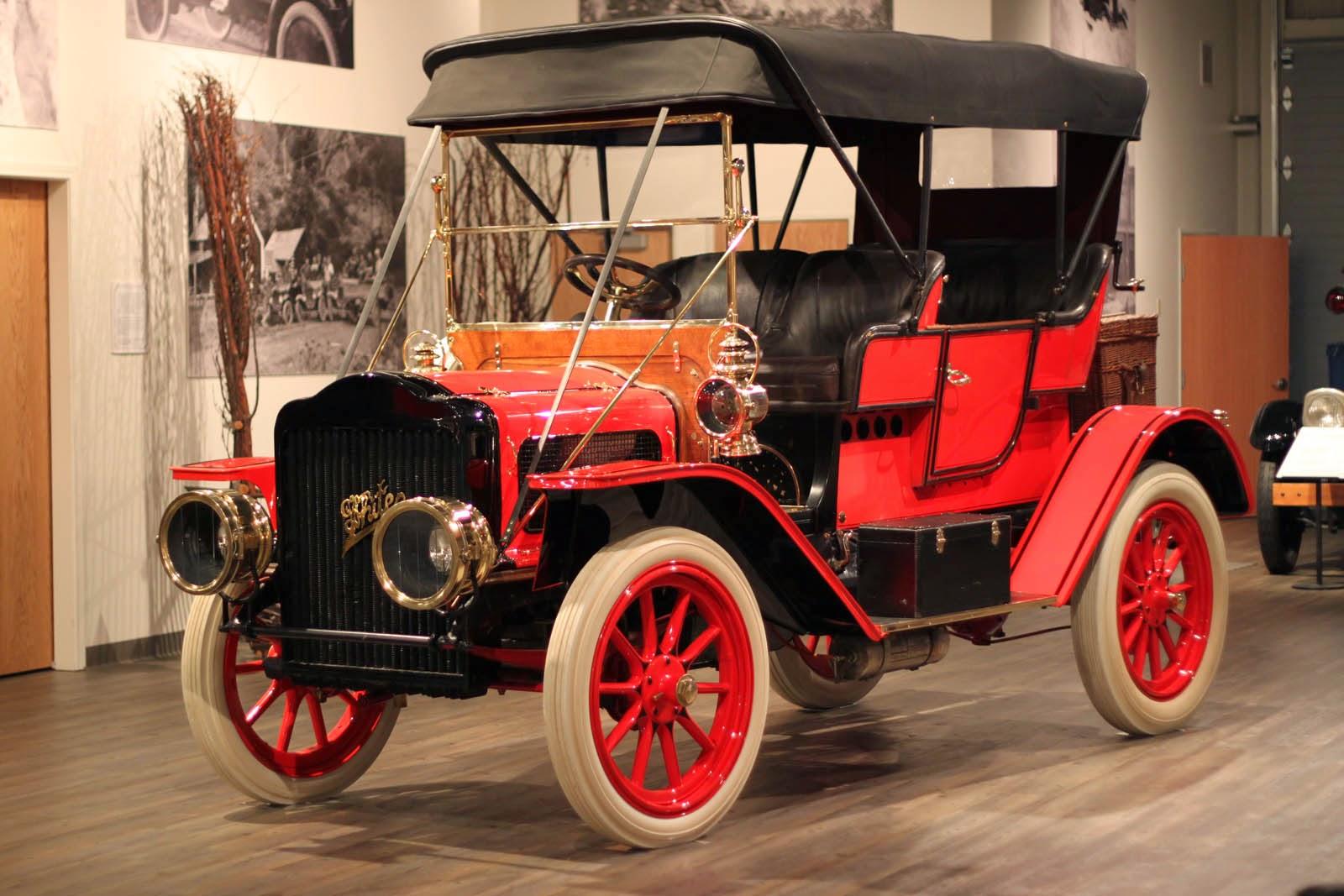 fountainhead antique auto museum in the shop 1907 white