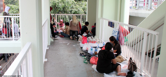 Empleadas del hogar en Hong Kong un domingo