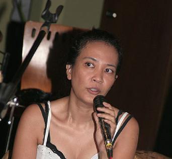 Oppie Andaresta Tebaru Hot Artis Musisi Indonesia