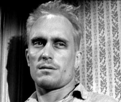 boo radley courage He knew there was a threat of boo radley waiting for them with a gun courage in to kill a mockingbird courage is rightly esteemed the first of human qualities.