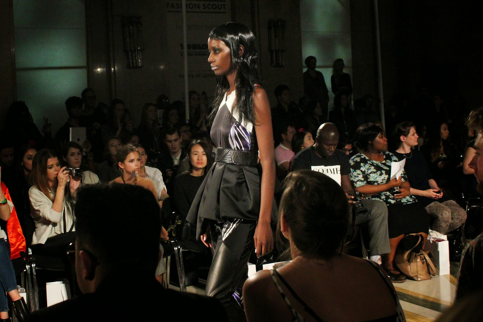 london-fashion-week-2014-lfw-spring-summer-2015-blogger-fashion-Dora-Abodi-catwalk-models-freemasons hall-fashion-scout-top-trousers