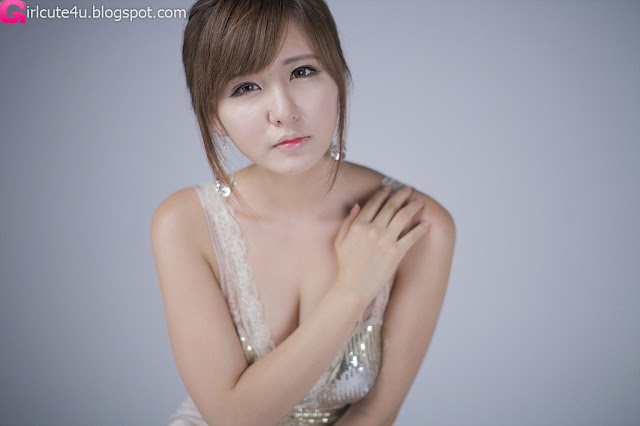 Ryu-Ji-Hye-V-Neck-Sequin-Dress-06-very cute asian girl-girlcute4u.blogspot.com