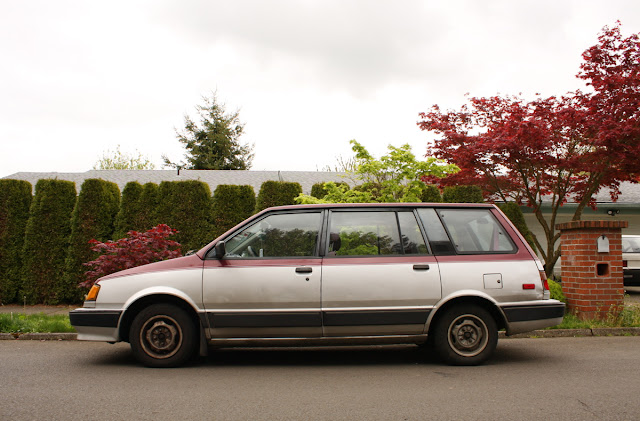 1991 Plymouth Colt Vista Wagon.