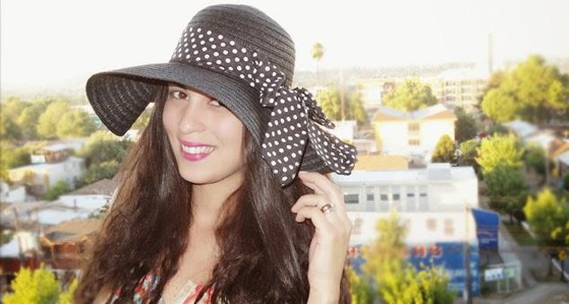 Pamela Victoria - los 5 indispensables de verano - bonito y barato - pamelavictoriacoutureblog - sombrero ala larga