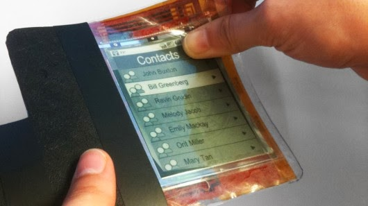 صدق او لا تصدق .....باحثون كنديون يخترعون هاتفا ورقيا جديدا - بالصور - paperphone