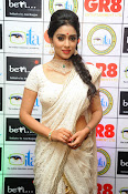 Shriya Saran latest pics at Gr8 Women Awards-thumbnail-6