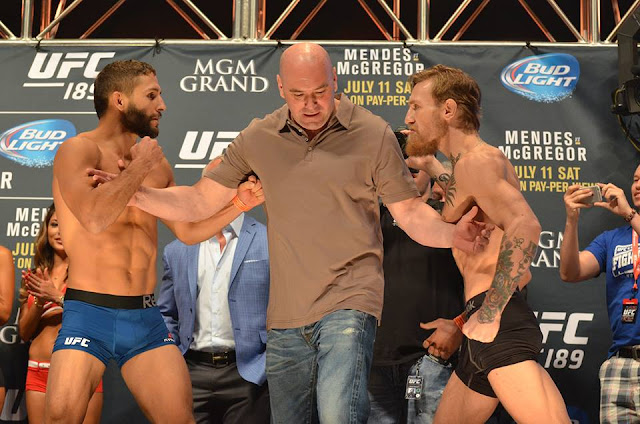 chad-mendes-conor-mcgregor-ufc