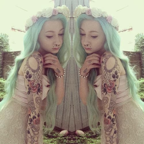 mint green girl hair alternative hair dye inspiration mermaid tattoos floral crown headband piercings altgirl beautiful pretty