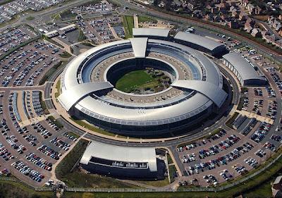 Agencia de segurança americana violou privacidade, diz jornal
