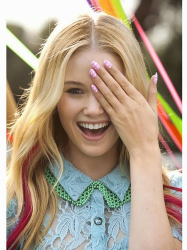 Nail Art Ideas To Pump Up Your Prom Mani 3