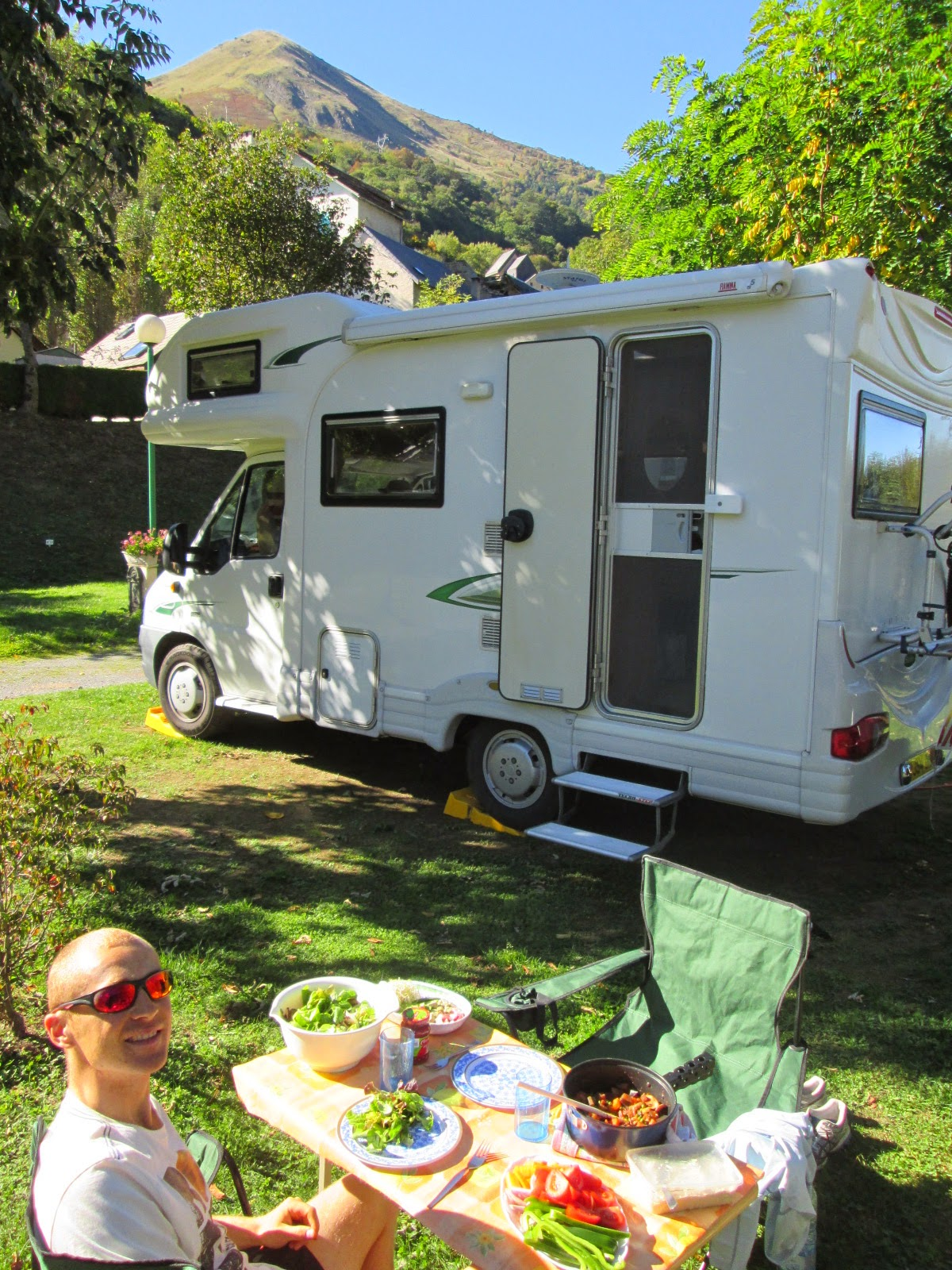 our best and worst bits of living in a motorhome. Black Bedroom Furniture Sets. Home Design Ideas