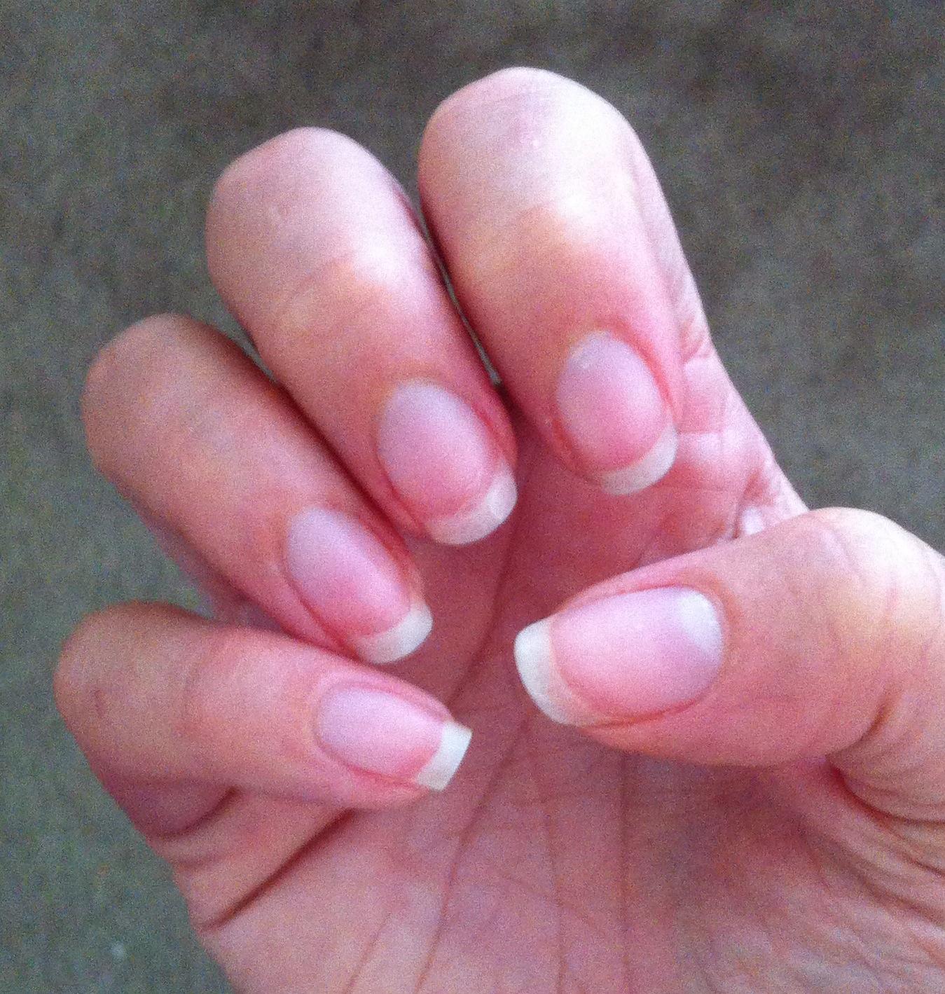 Gelish: Naked Nails