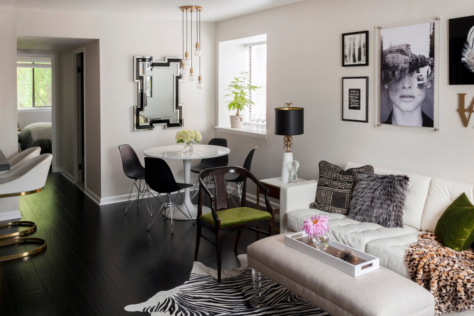 Blanco interiores estou de volta com um antes e depois for Living room design for small condo