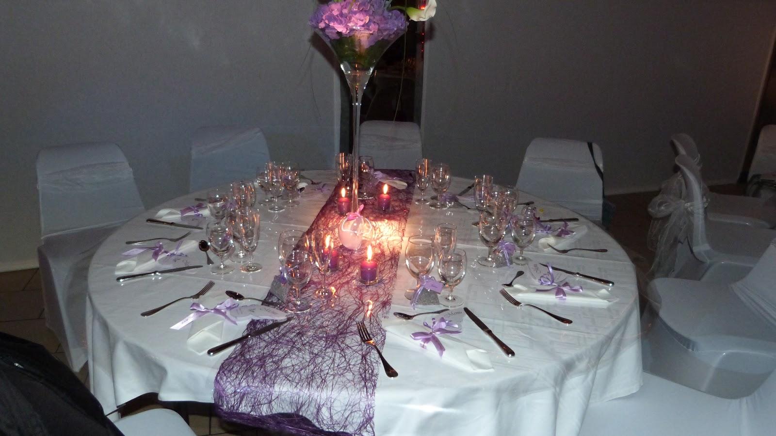 Instants magiques mariage en violet et blanc for Decoration mauve et gris