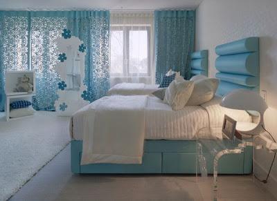 dormitorio celeste con blanco