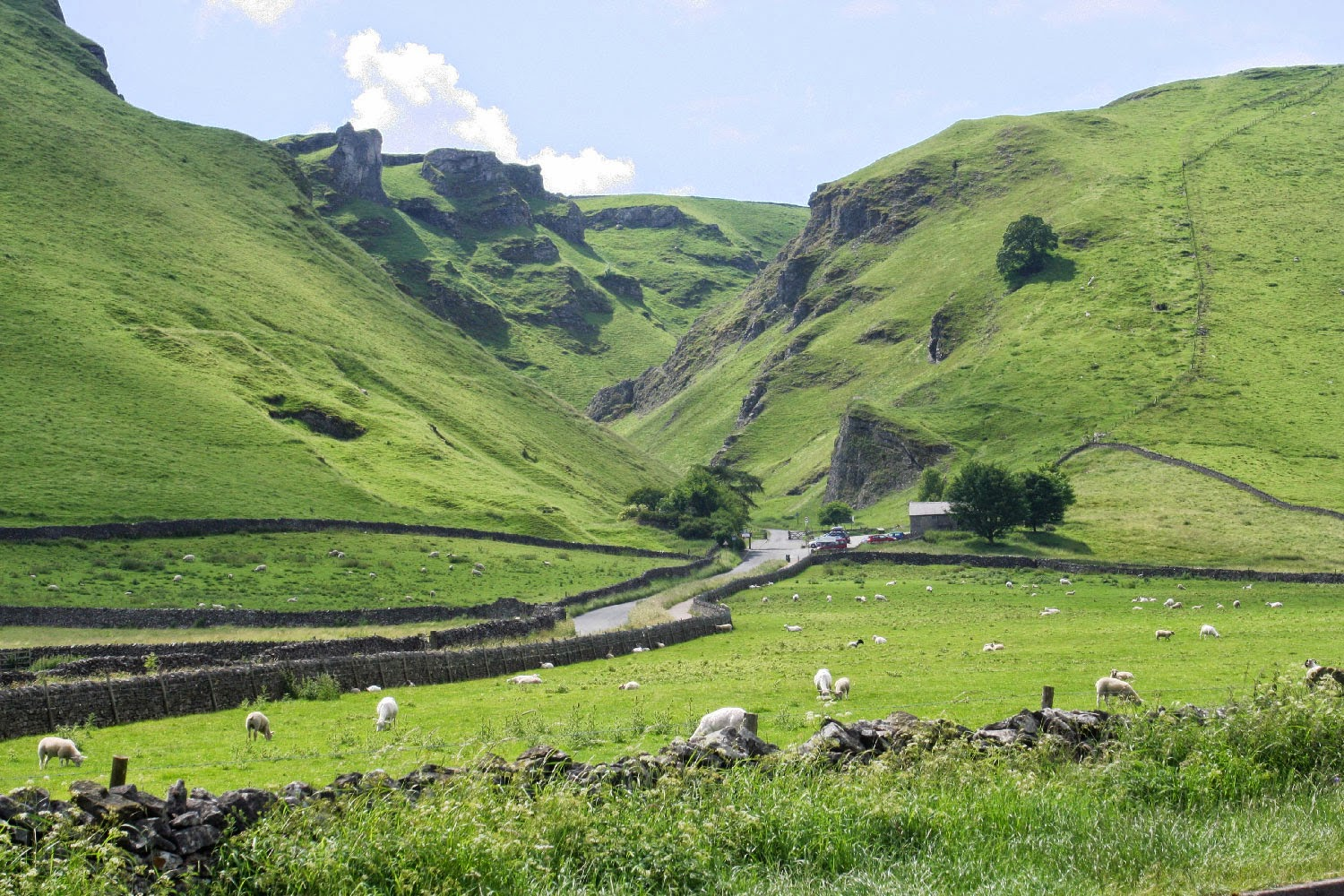 A shamelessly stolen picture of Winnats Pass (from Wikipedia)