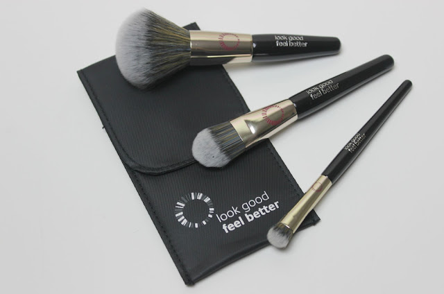 A picture of Look Good Feel Better Mini Masterclass Brush Set
