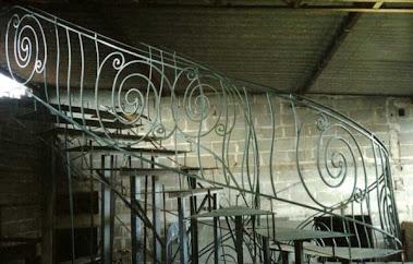 Estrutura para Construção de Guarda Corpo de Escada estilo Art Noveau ..